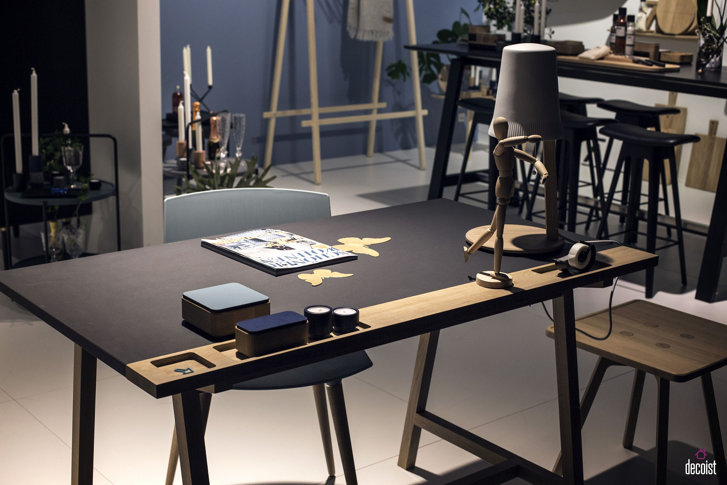 D1-Desk-by-KATO-from-Andersen-Furniture