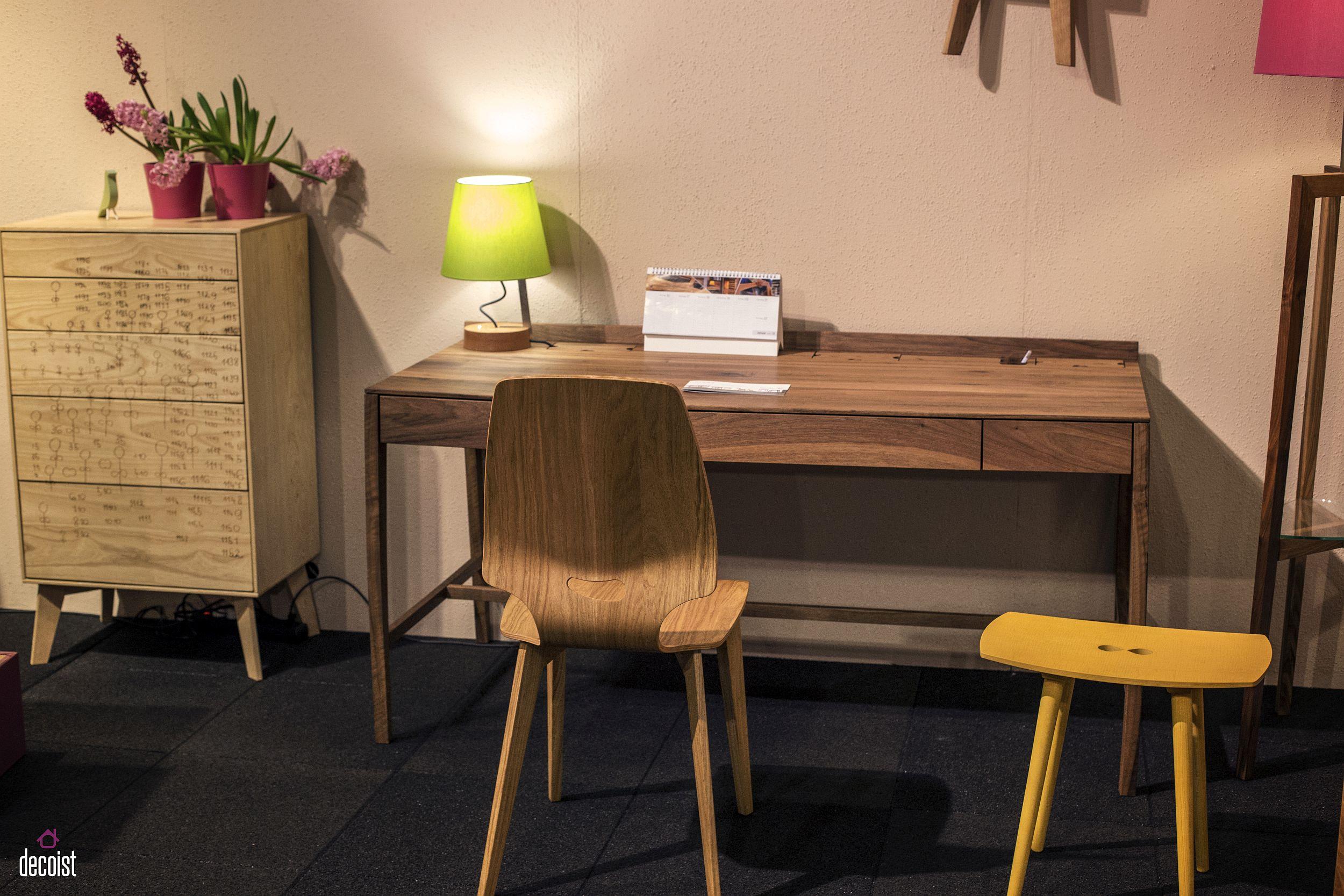 Modern-wooden-work-desk-from-Sixay-Furniture