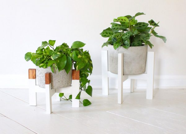 modern-white-short-plant-stands-600x433