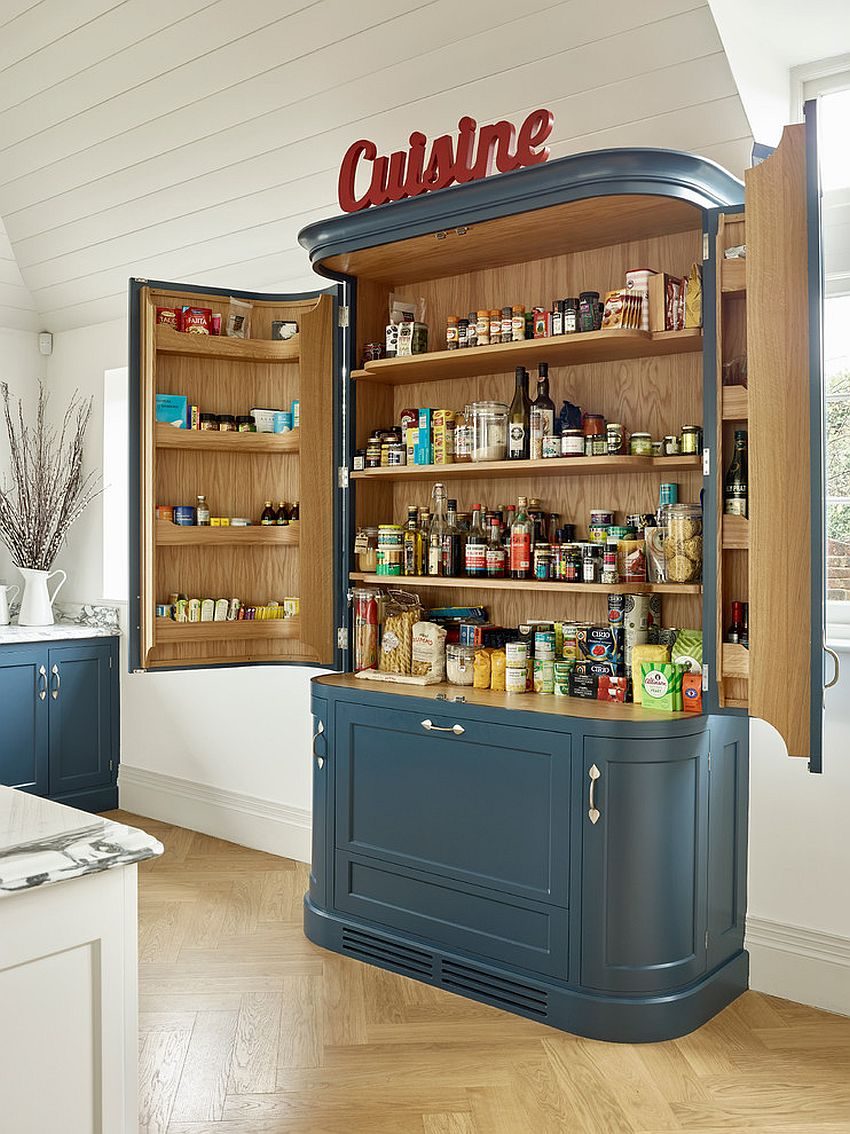 Custom-pantry-for-the-modern-farmhouse-kitchen