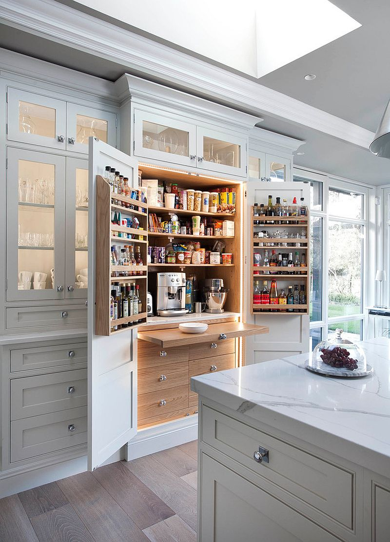Small-and-space-savvy-pantry-for-the-contemporary-kitchen