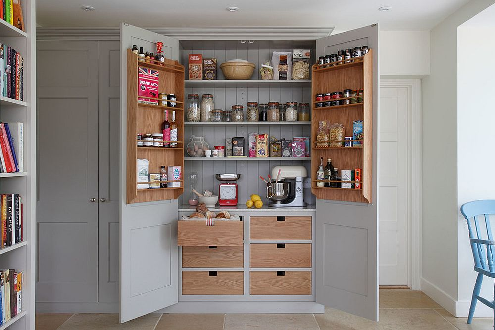 Turn-the-cabinet-in-the-kitchen-into-a-space-savvy-pantry