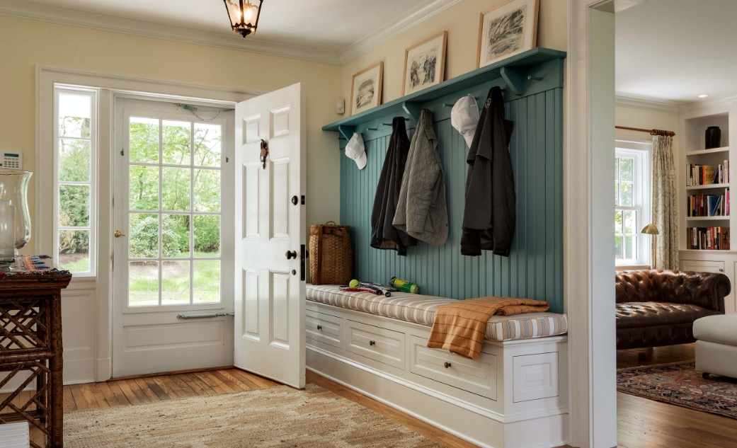mudroom-foyer